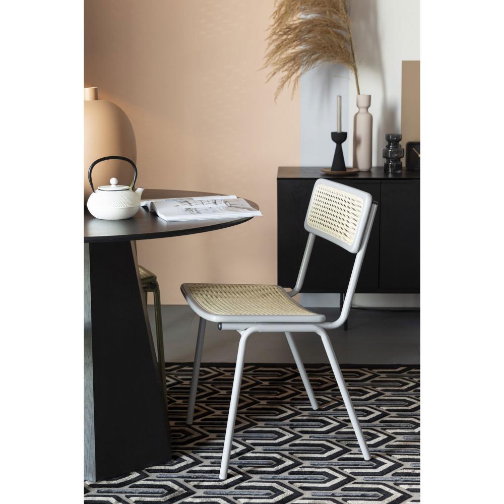 2 chaises en cannage gris clair