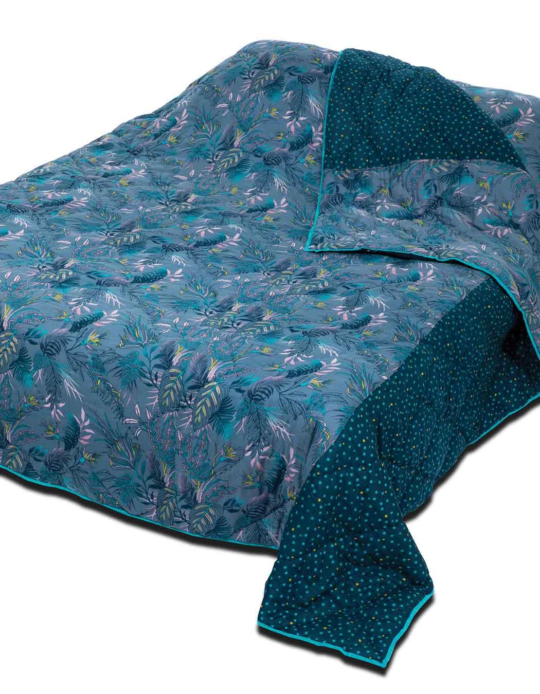 Boutis matelassé surpiqué en coton celeste 140 x 230