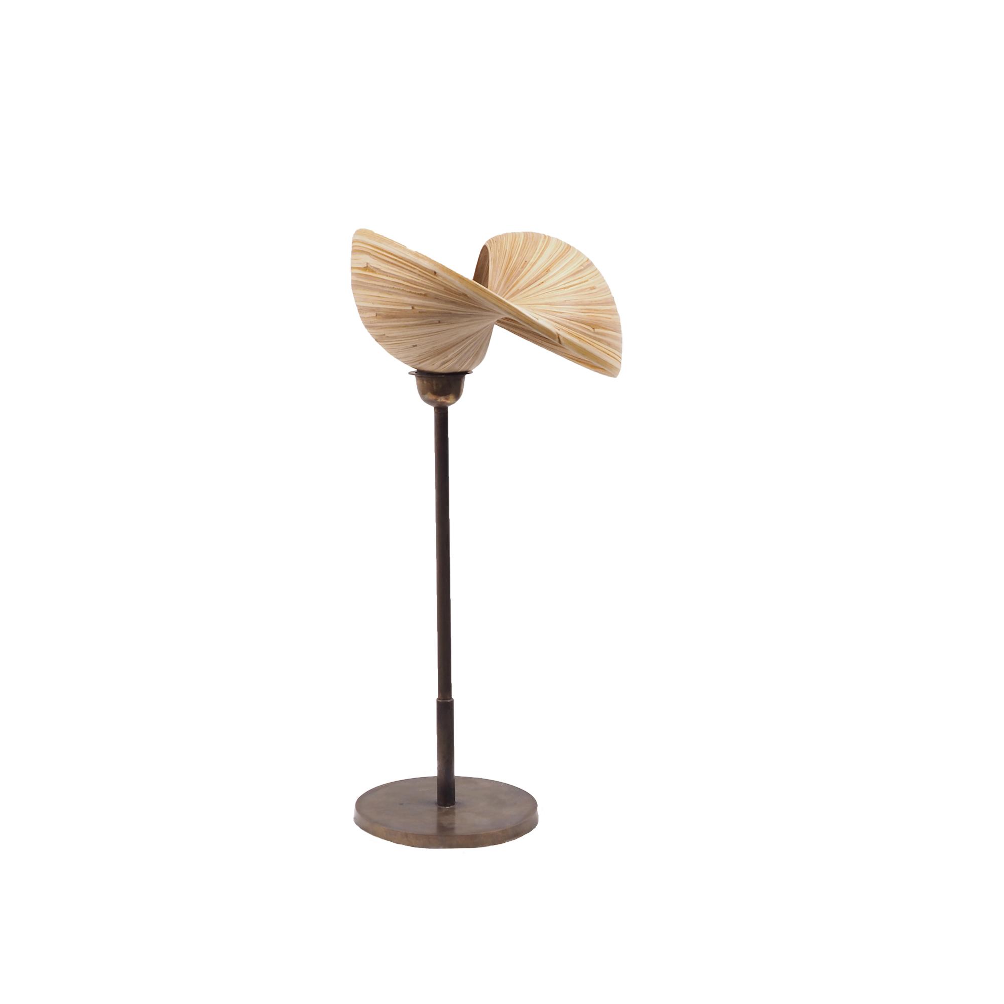 Lampe à poser en bambou et pied en bronze H52