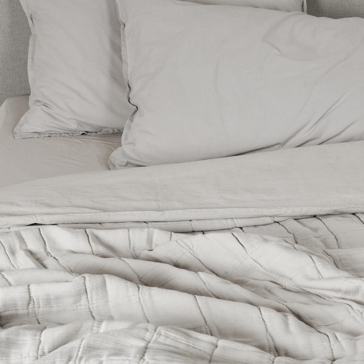 Couvre-lit gaze de coton gris clair 140x250