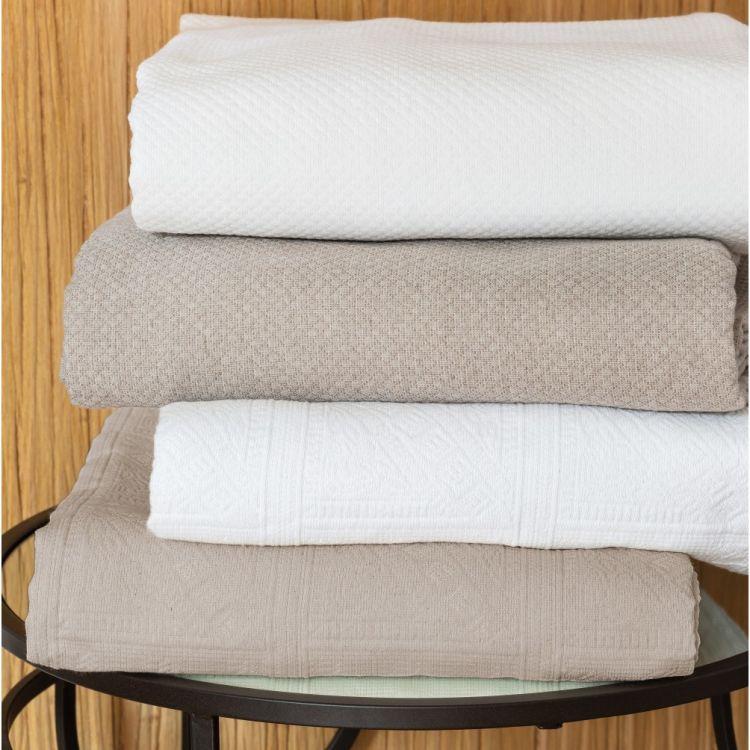 Dessus de lit en 100% coton blanc 270x250
