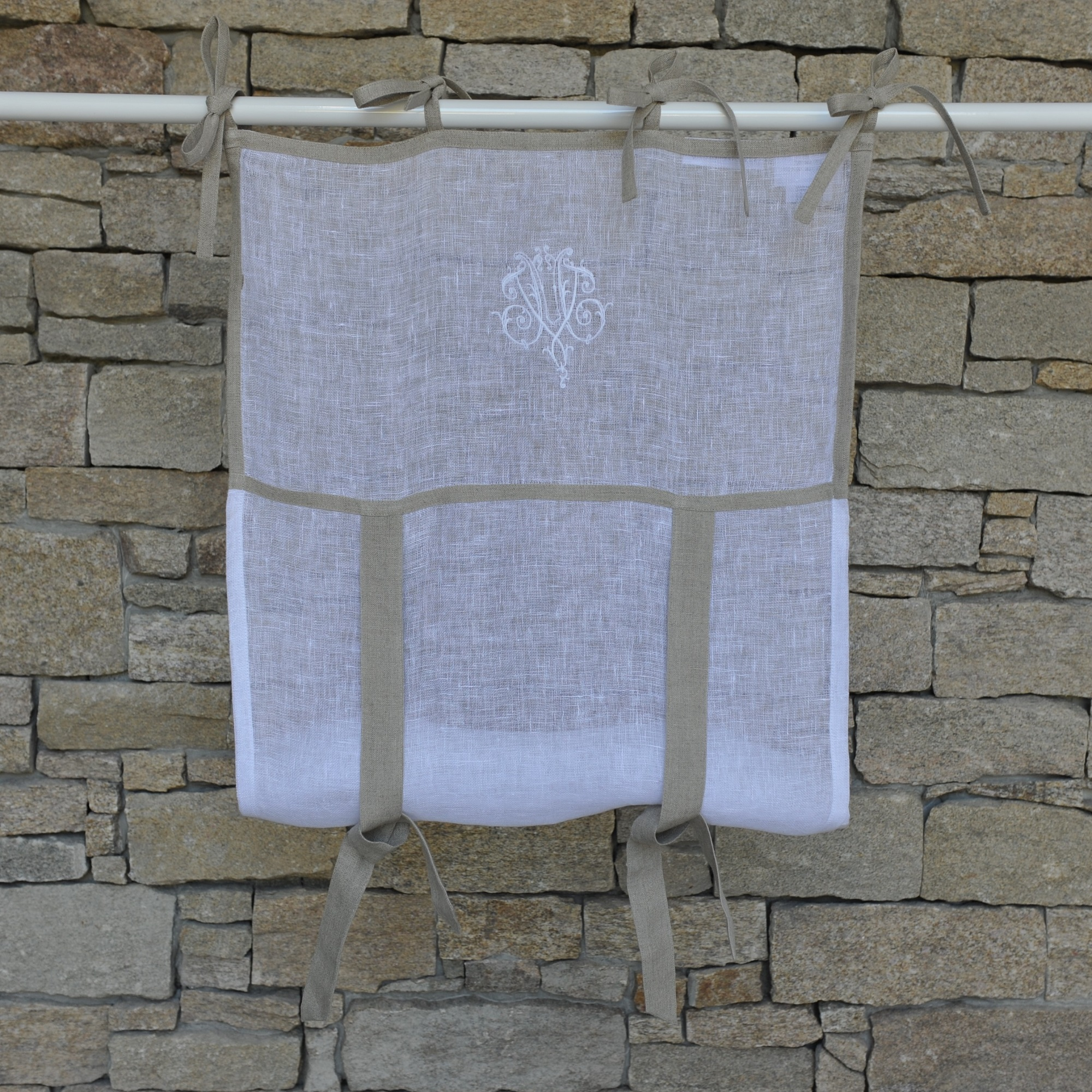 Store en lin blanc naturel avec monogramme  45X70 CM