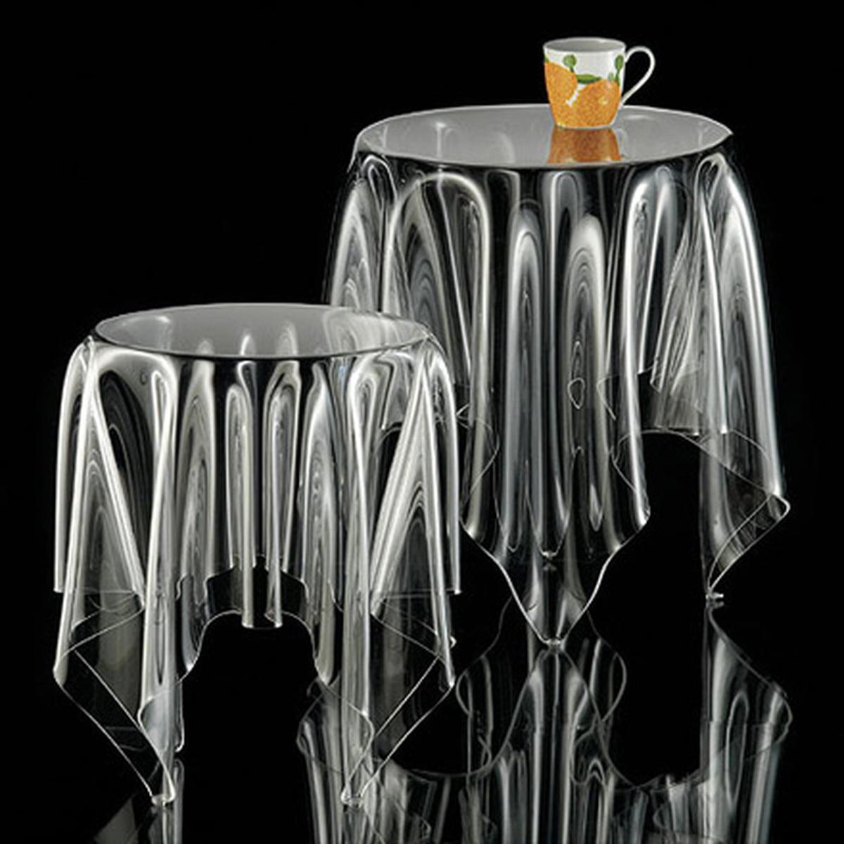 Grande table illusion design essey transparente H53cm