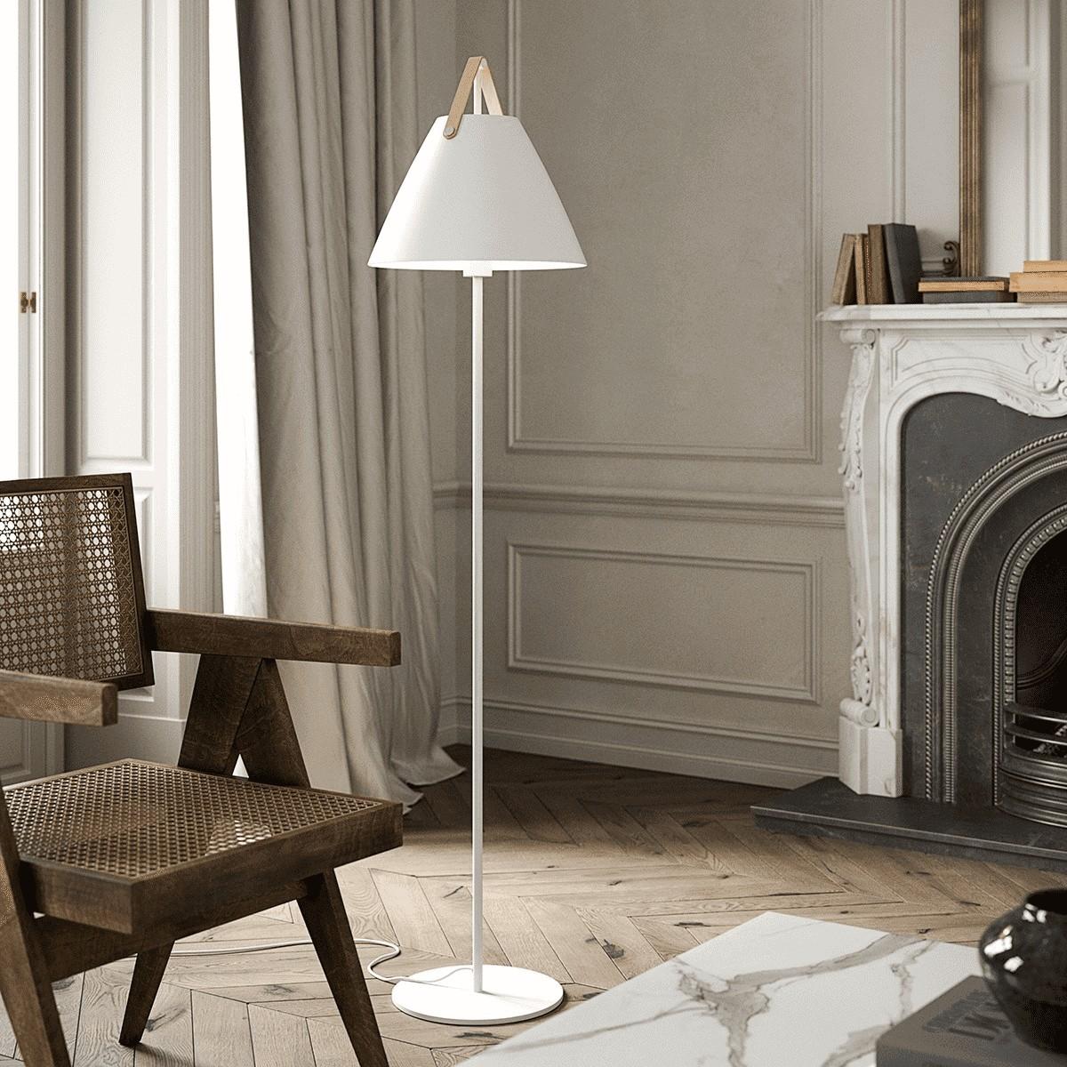 Lampadaire métal blanc et cuir H153cm