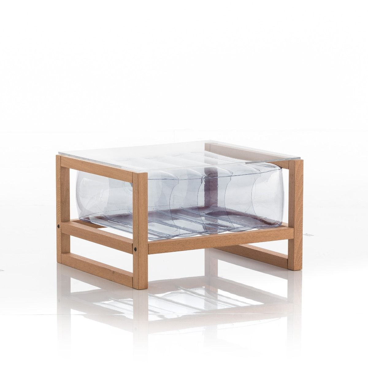 Table basse en bois et tpu transparent