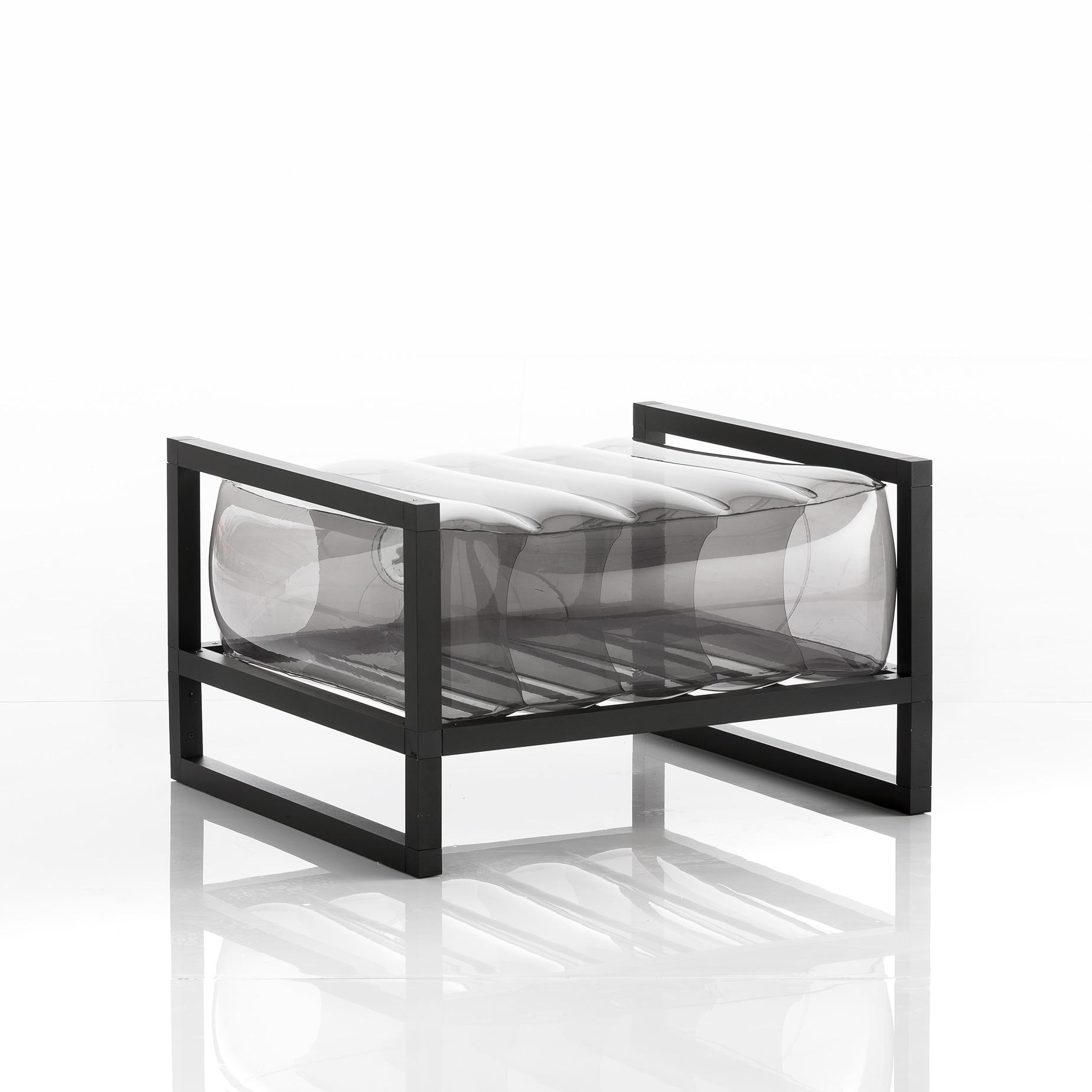 Pouf tpu noir cadre en aluminium
