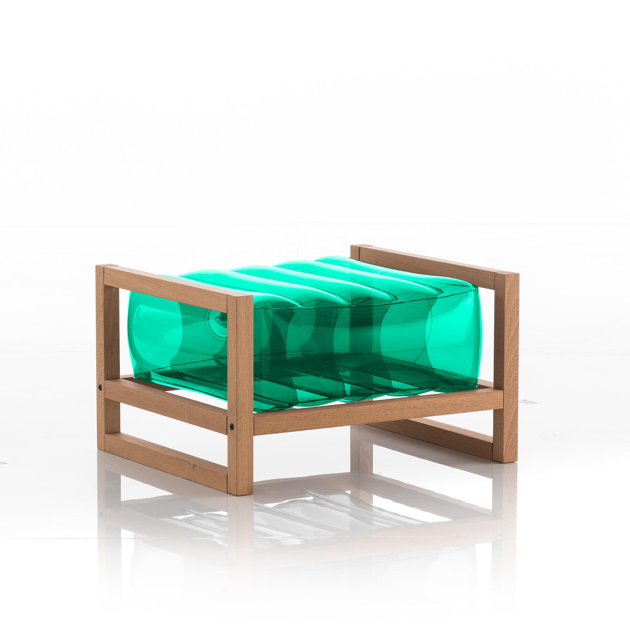 Pouf en bois et tpu vert