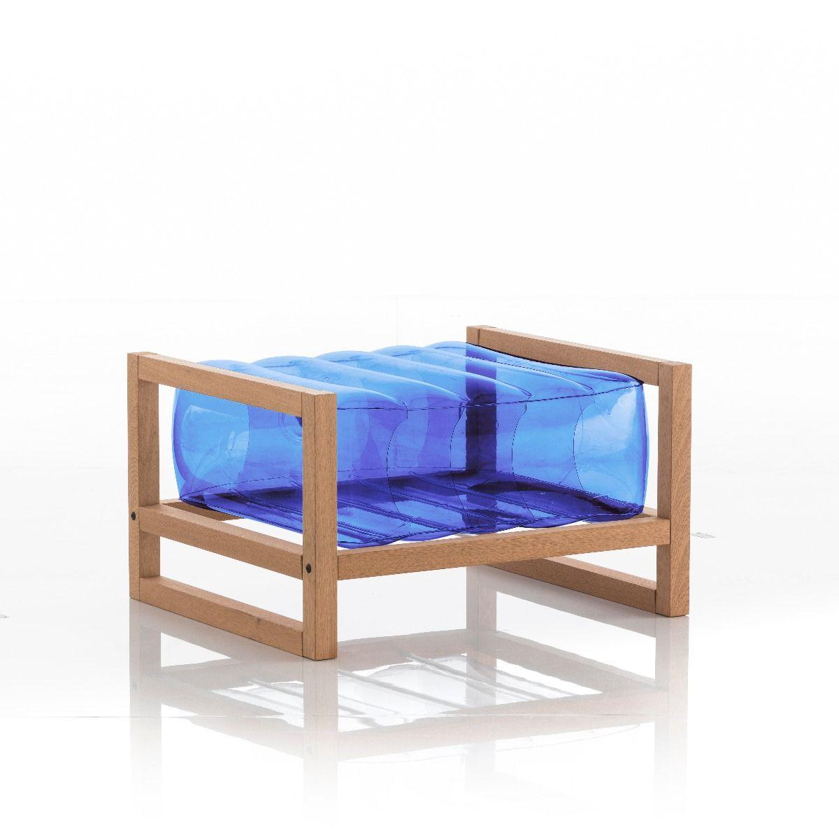 Pouf en bois et tpu bleu
