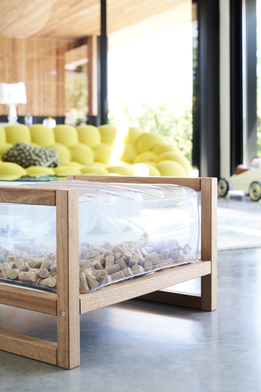 Pouf en bois et tpu transparent