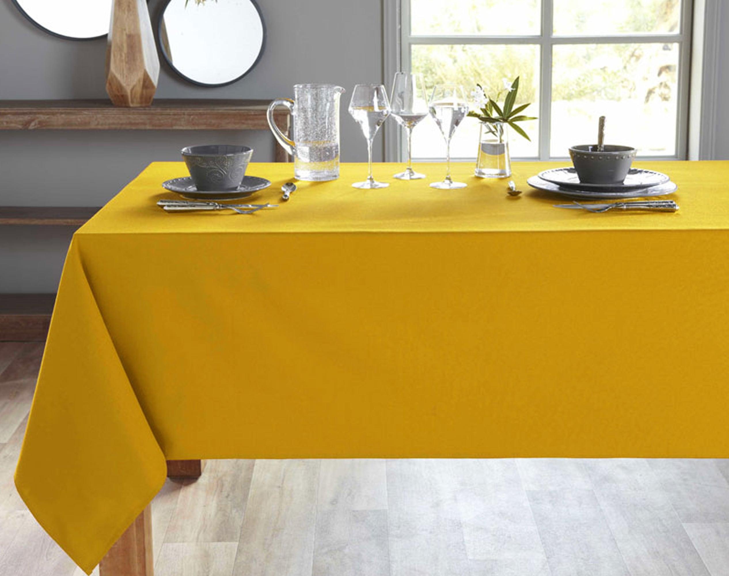 Nappe rectangulaire jaune ocre en coton 150x300