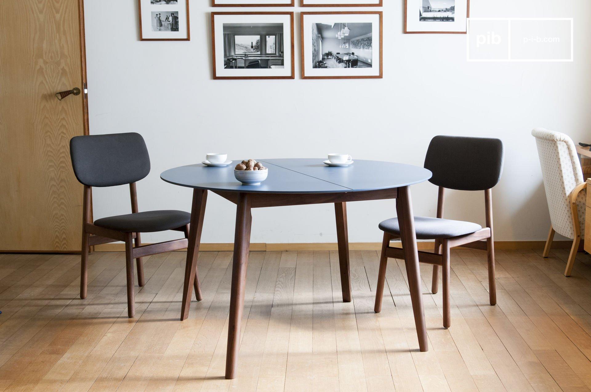 Table scandinave à rallonge en bois marron et bleu