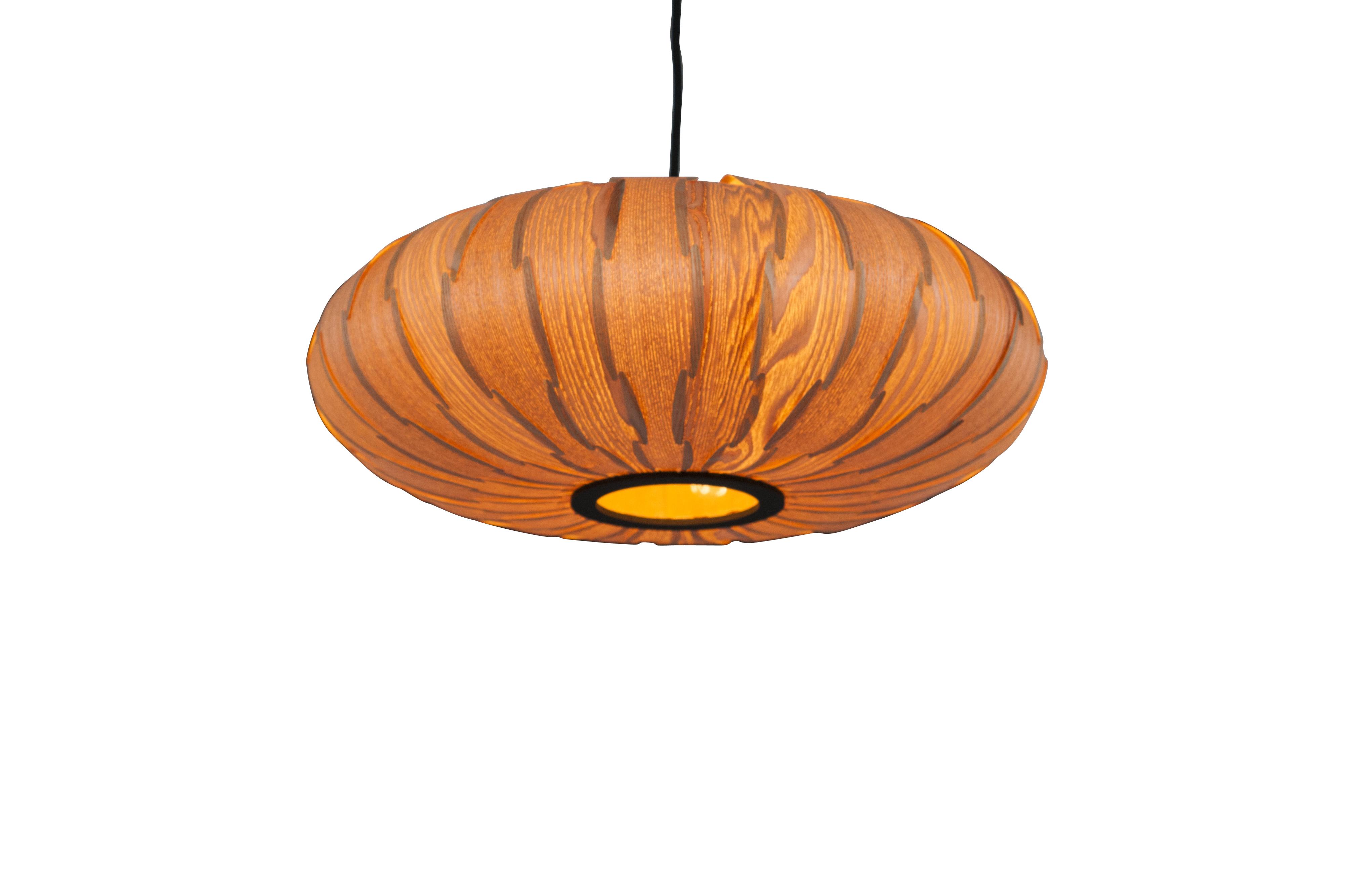 Suspension vintage en bois marron