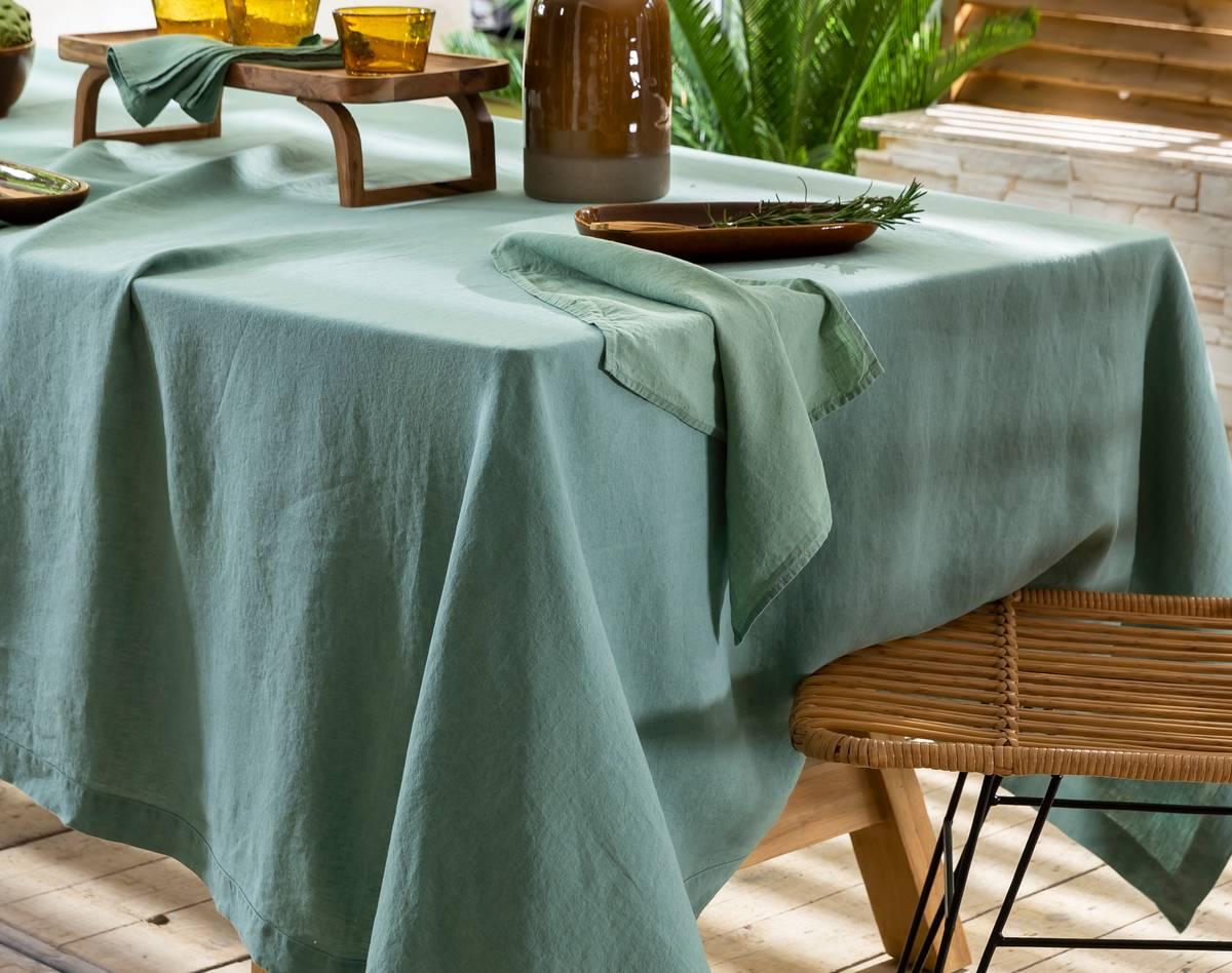 Nappe rectangulaire vert céladon en lin 170x300