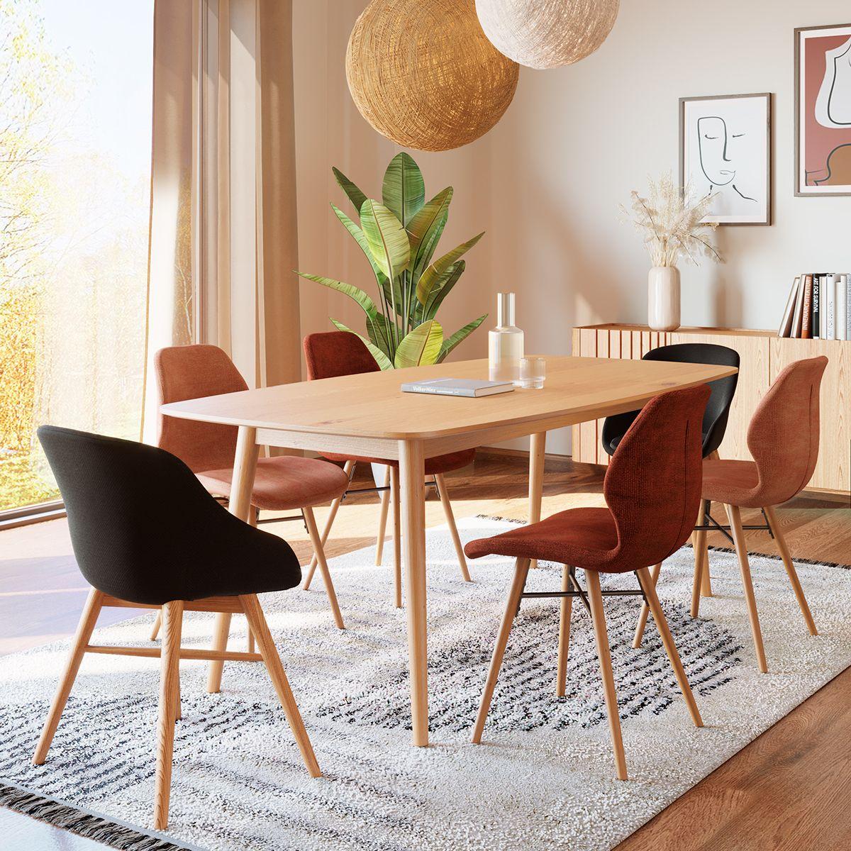 Table de repas 180 cm en chêne vernis