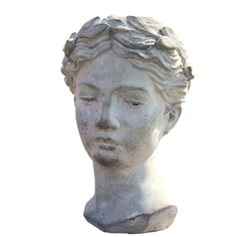 Statue antique buste femme en ciment