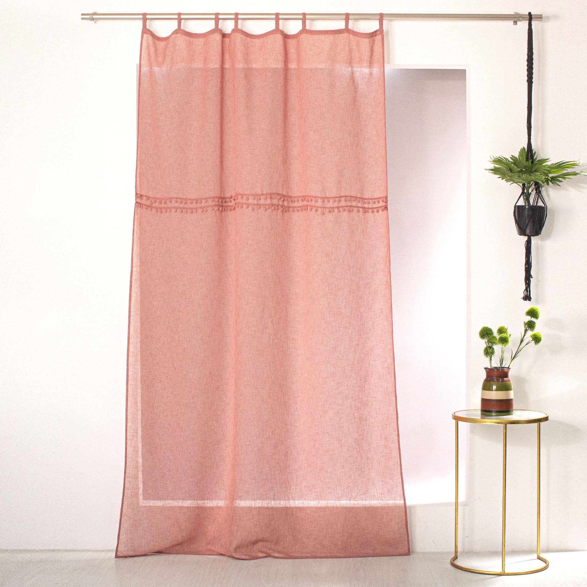 Voilage à passants effet lin et pompons polyester rose 240x140