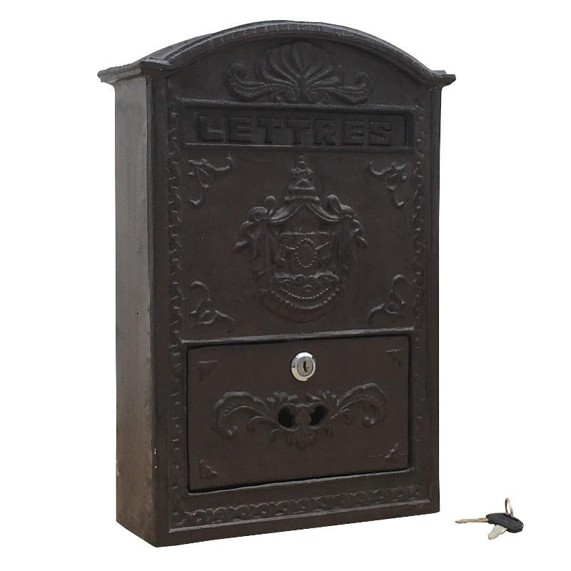 Boîte aux lettres murale en fonte blanche