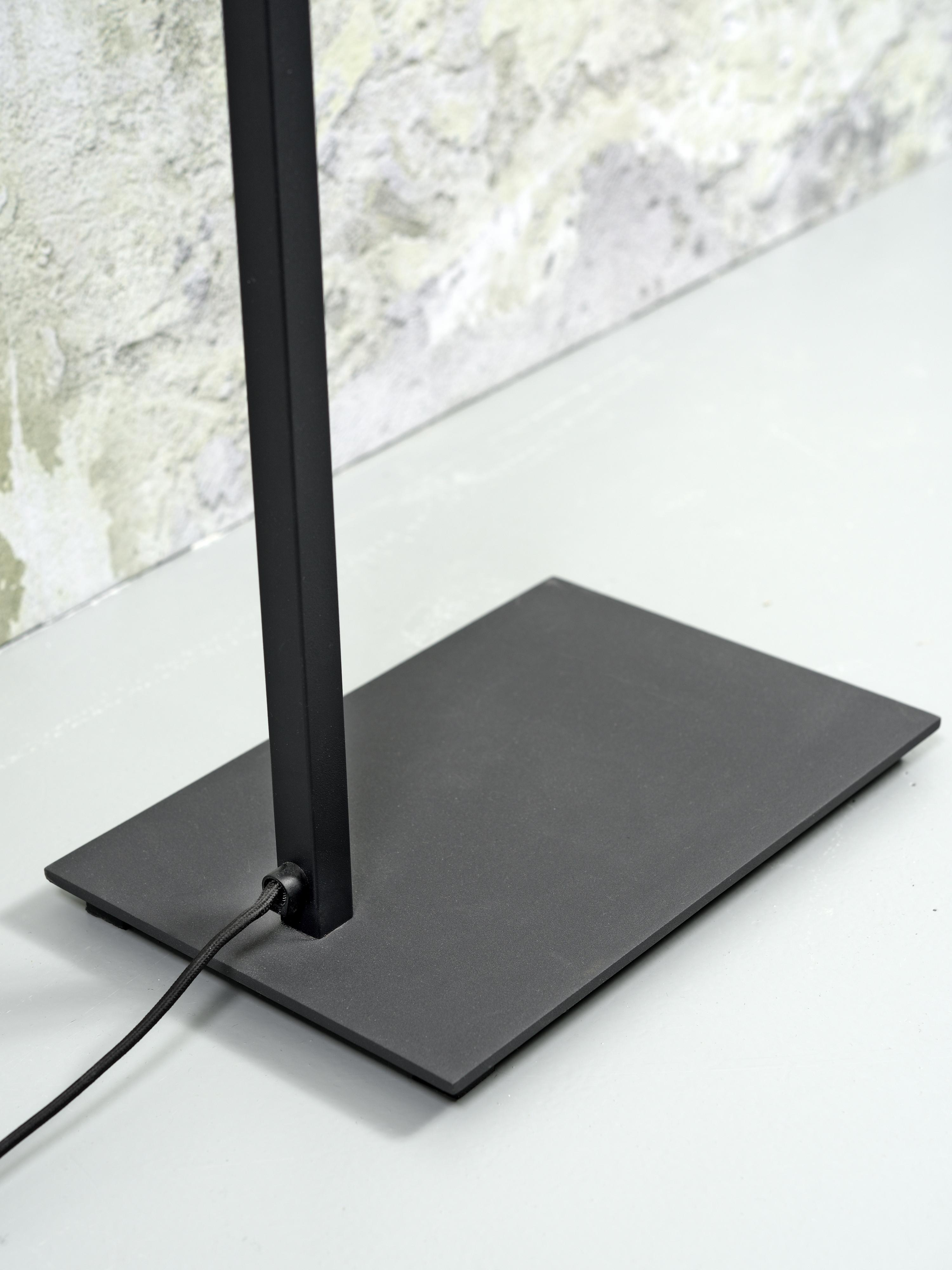 Lampadaire noir et abat-jour noir H160cm