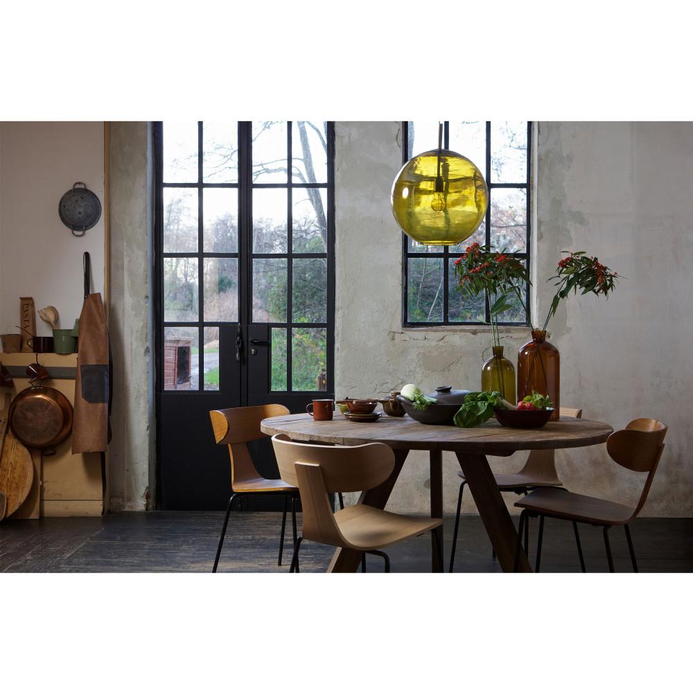 2 chaises design empilables naturel