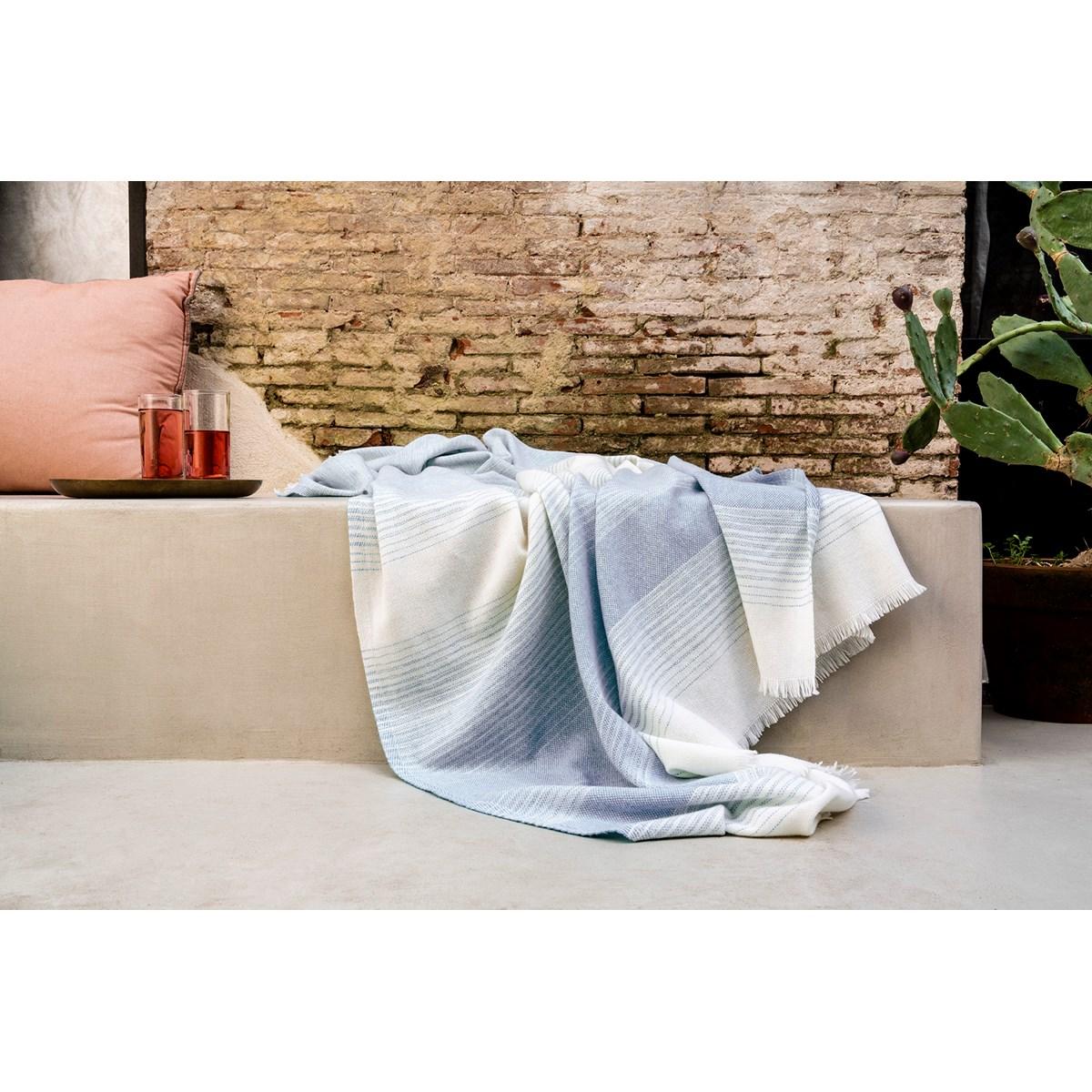 Plaid Fin Doux en Laine Bleu gris 150x200 cm