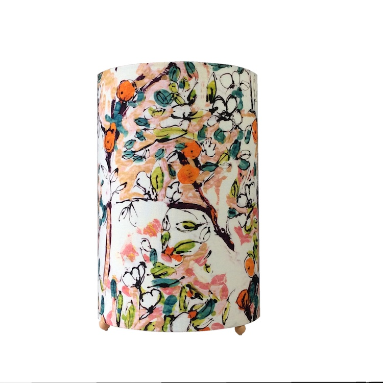 Lampe à poser cylindrique pomme d'api, tissu Lalie Design, H 23 cm