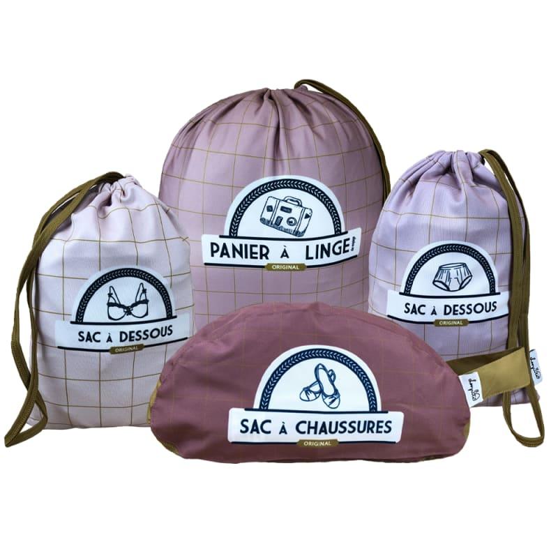 Assortiments de sacs et pochettes pour la valise (photo)