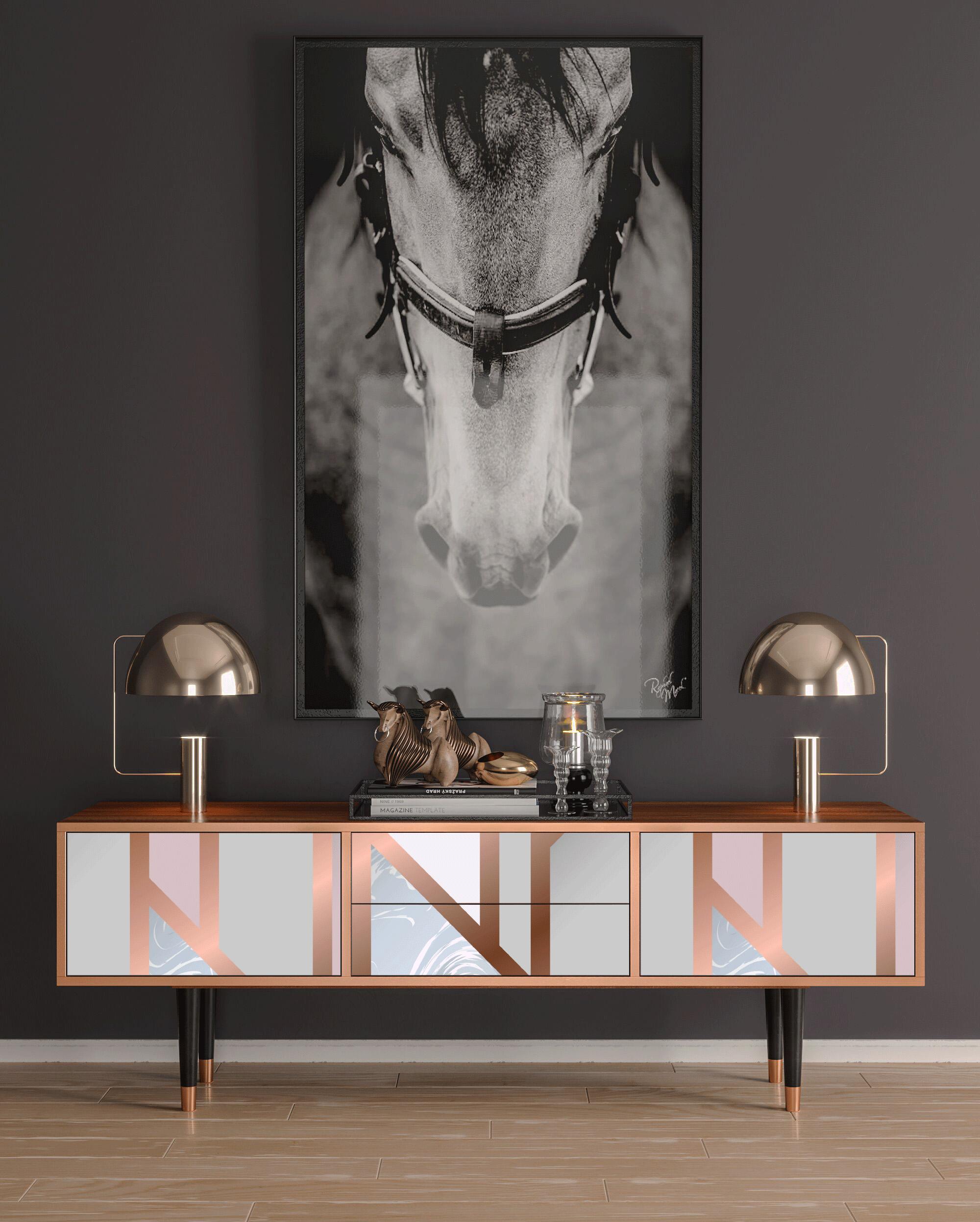 Meuble TV rose et doré 170cm 2 tiroirs et 2 portes