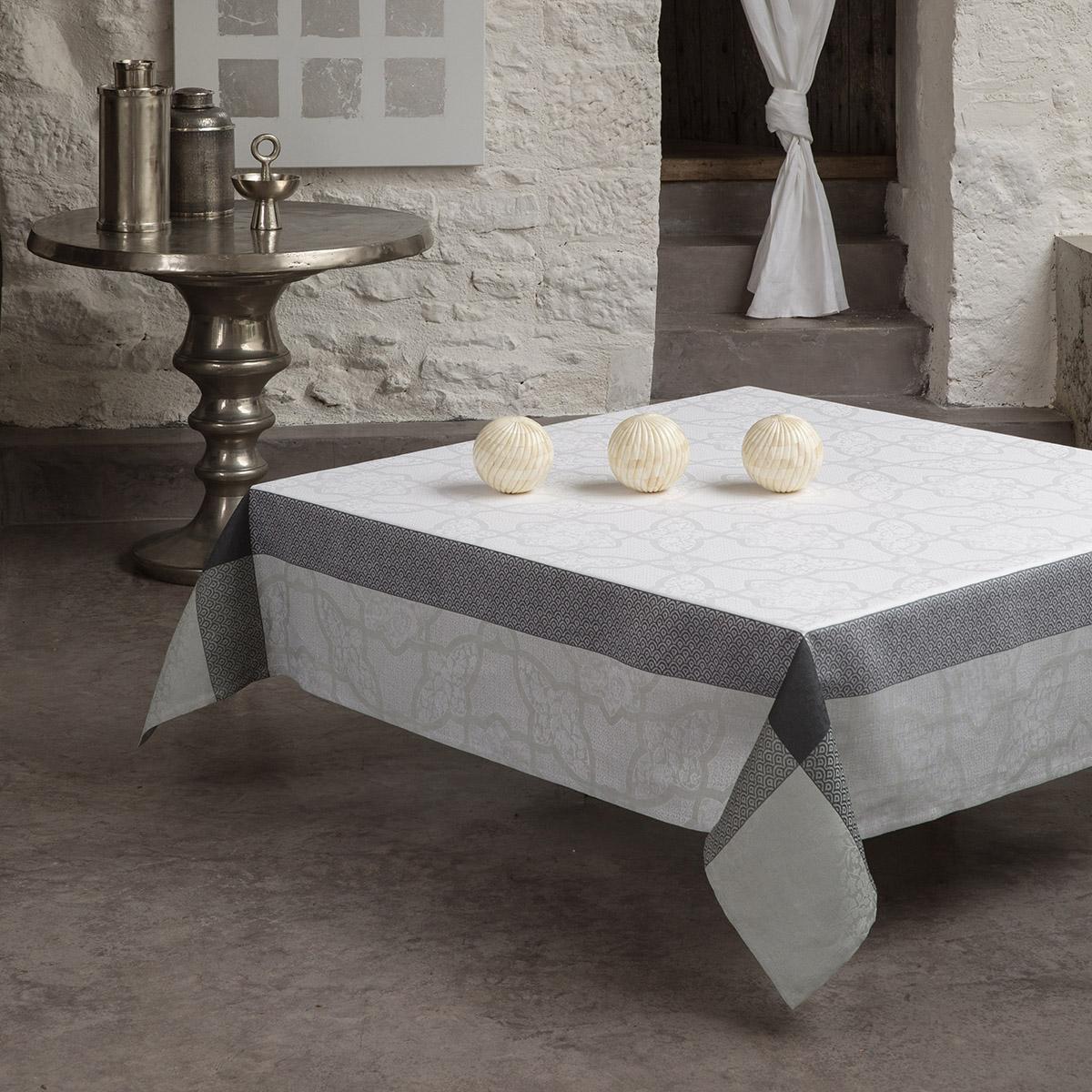 Nappe en lin effet marbre 175 x 250