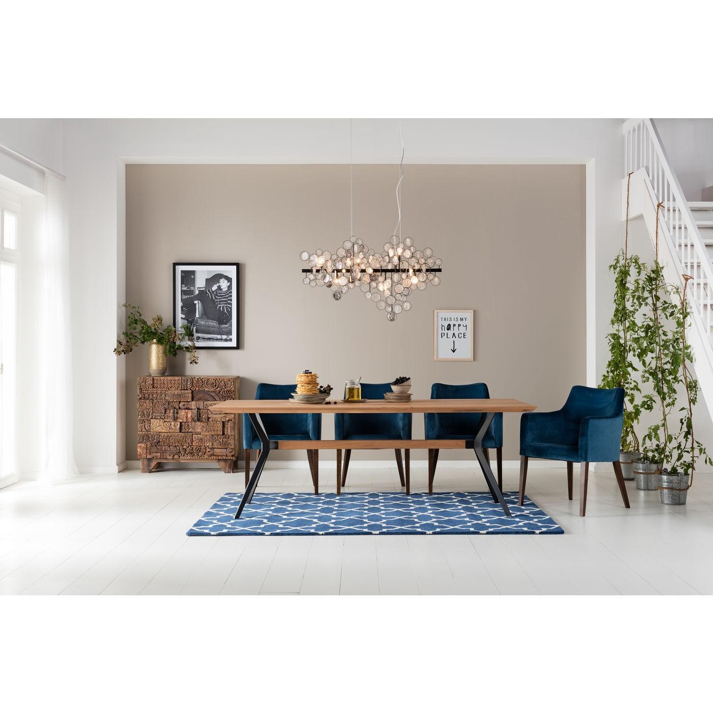 Chaise avec accoudoirs en velours bleu pétrole et hêtre laqué