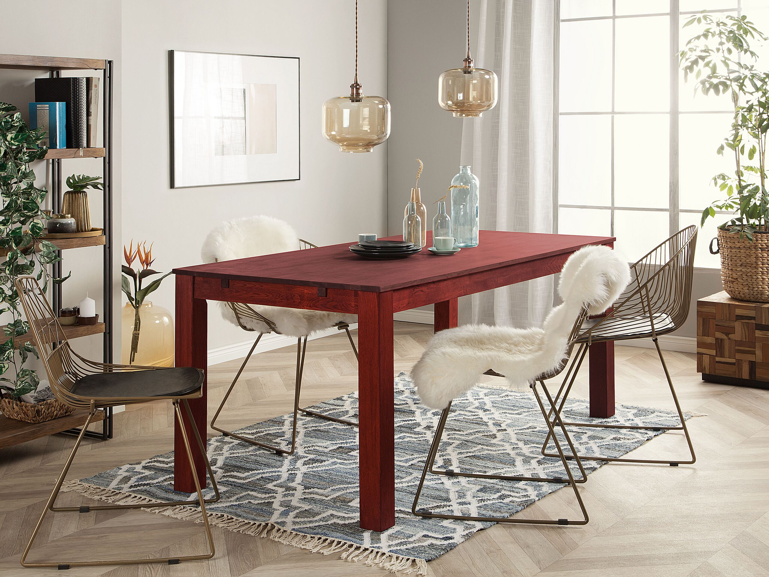 Table en bois de chêne rouge foncé 6 places