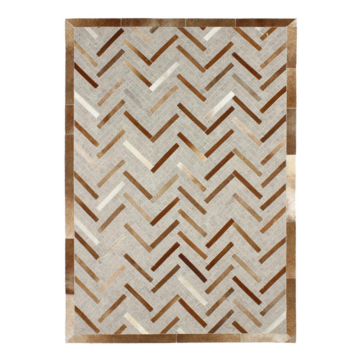 Tapis en cuir à motif chevron marron clair 120x170