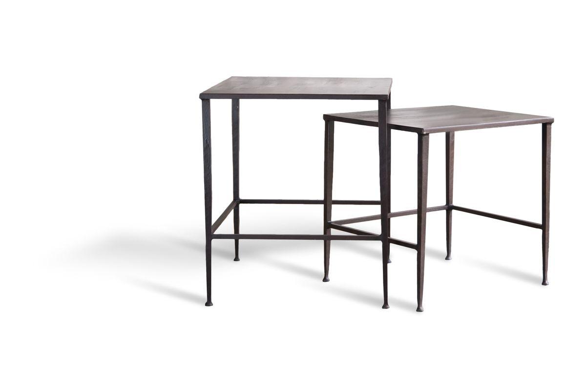 Table basse gigogne en métal marron