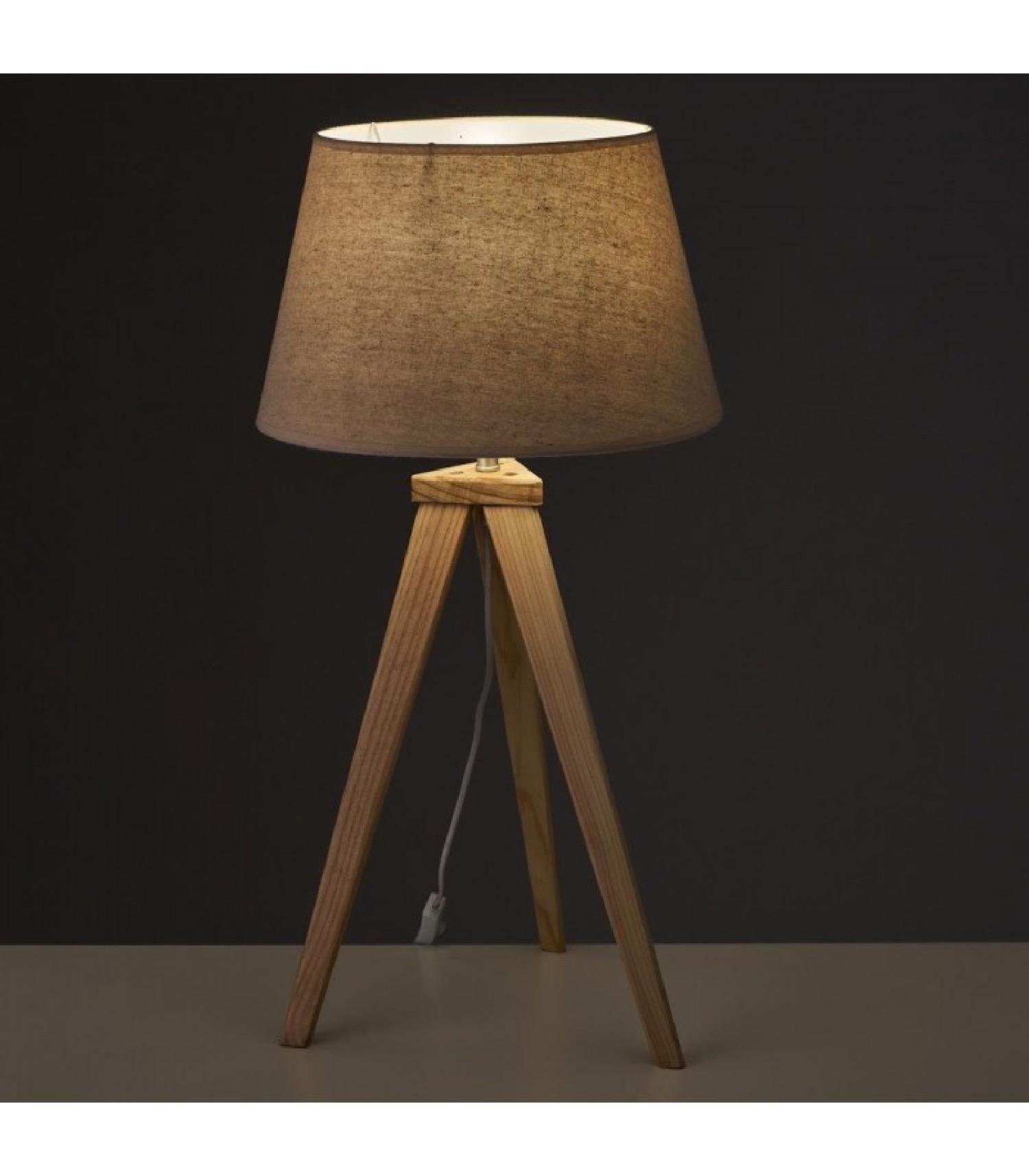 Lampe à poser trépied en bois et abat-jour beige H69,5m