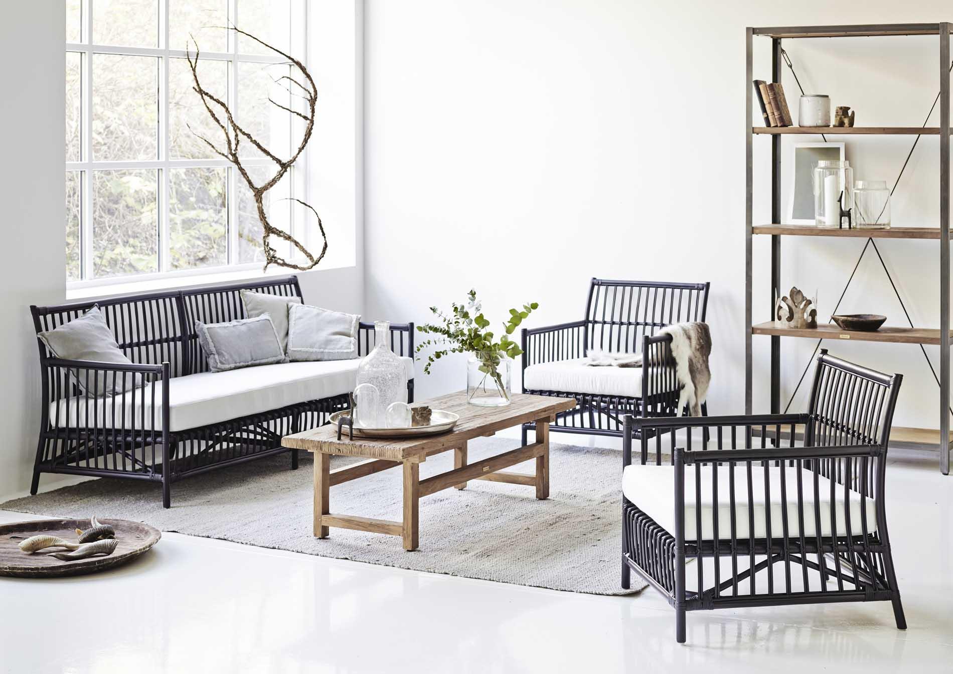 Table basse rectangulaire en teck 140x55cm