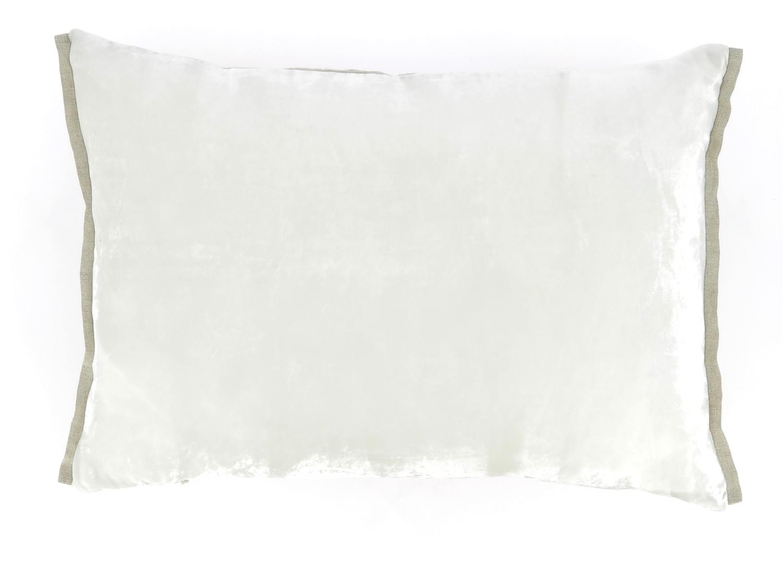 Coussin 35x50 cm en velours de soie perle