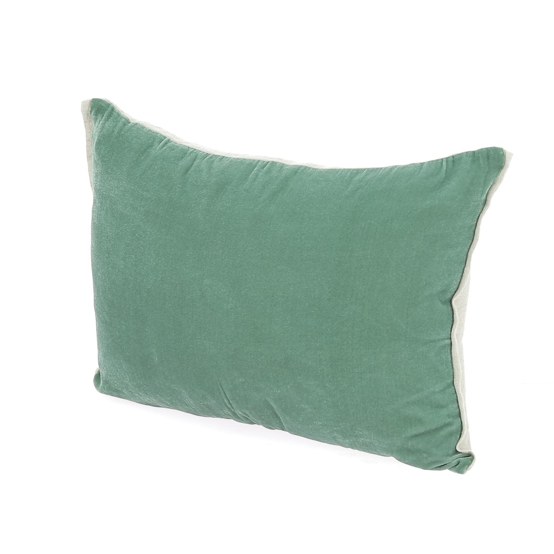 Coussin 35x50 cm en velours de soie céladon
