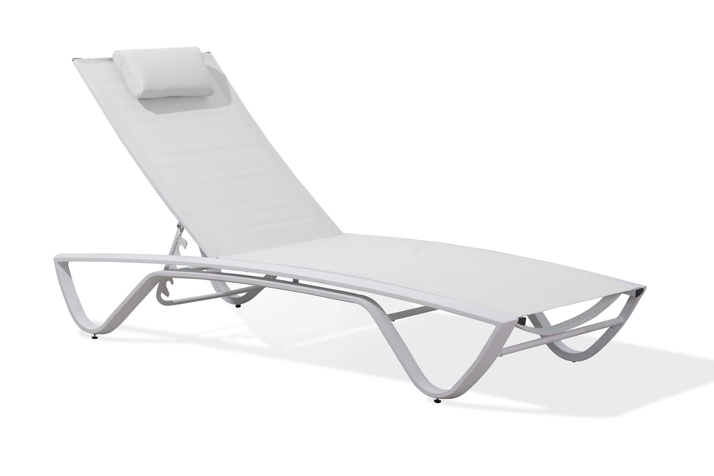 Chaise longue en aluminium blanc et toile plastifiée blanche