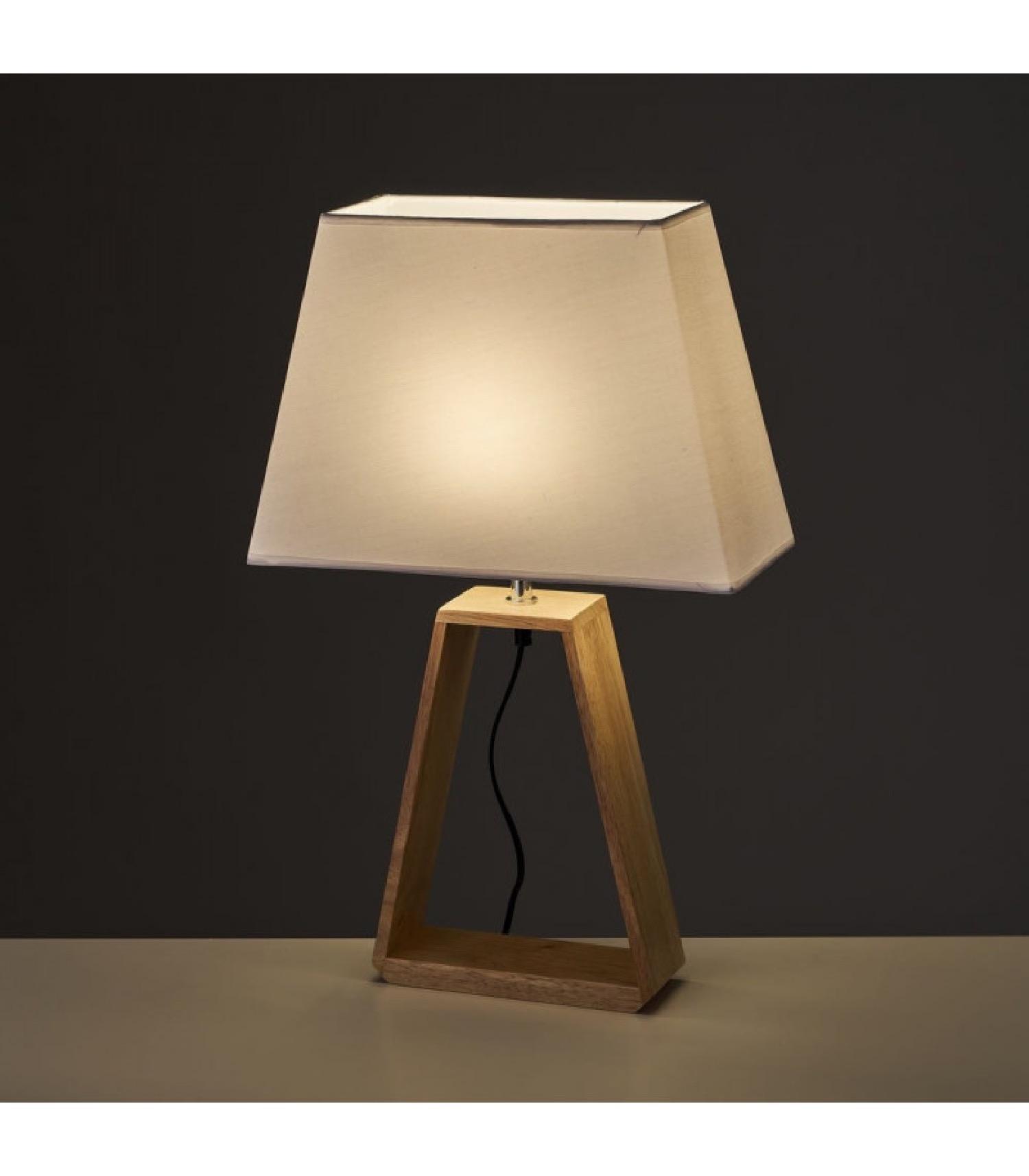 Lampe à poser triangle bois et abat-jour blanc H60cm
