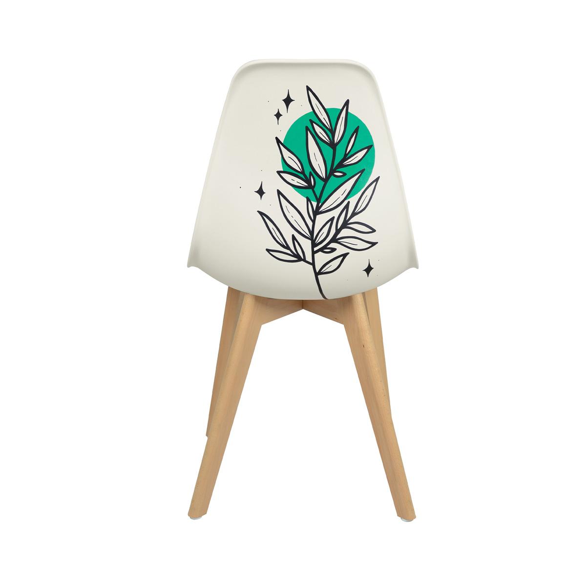 Chaise scandinave modèle unique d'artiste