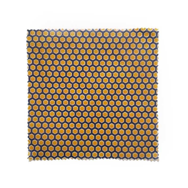 Bee wrap taille L coton, cire d'abeille jaune alvéole