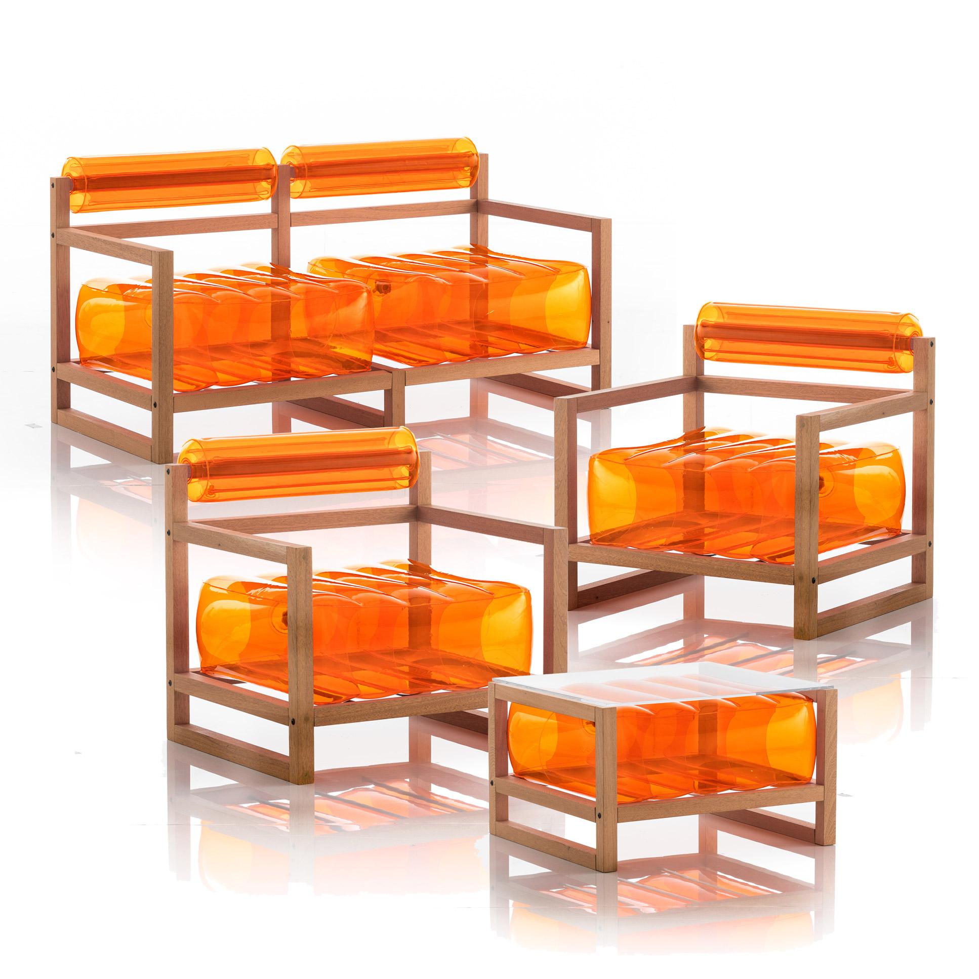 Salon de jardin design et table basse orange