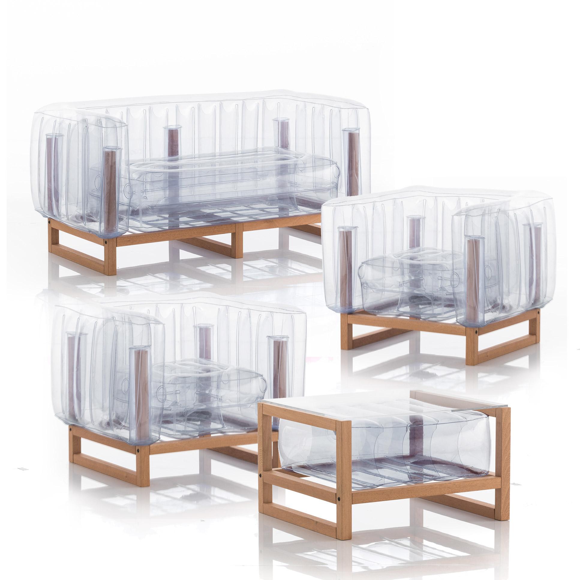 Salon de jardin design canapé, fauteuils et table basse transparent