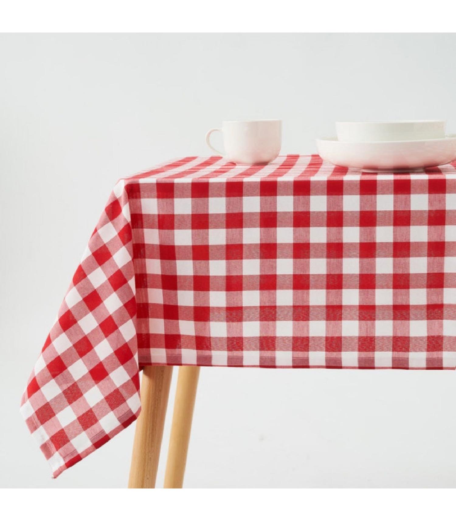Nappe rectangulaire à carreaux vichy rouge et blanc 210x140cm