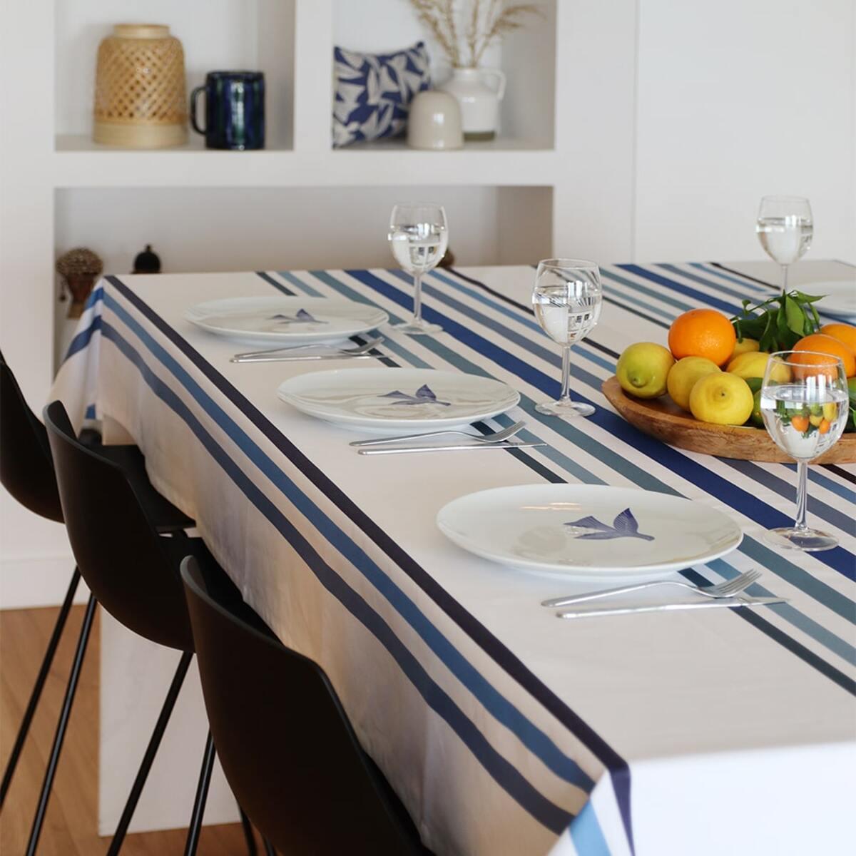 Nappe enduite bleu 160x250