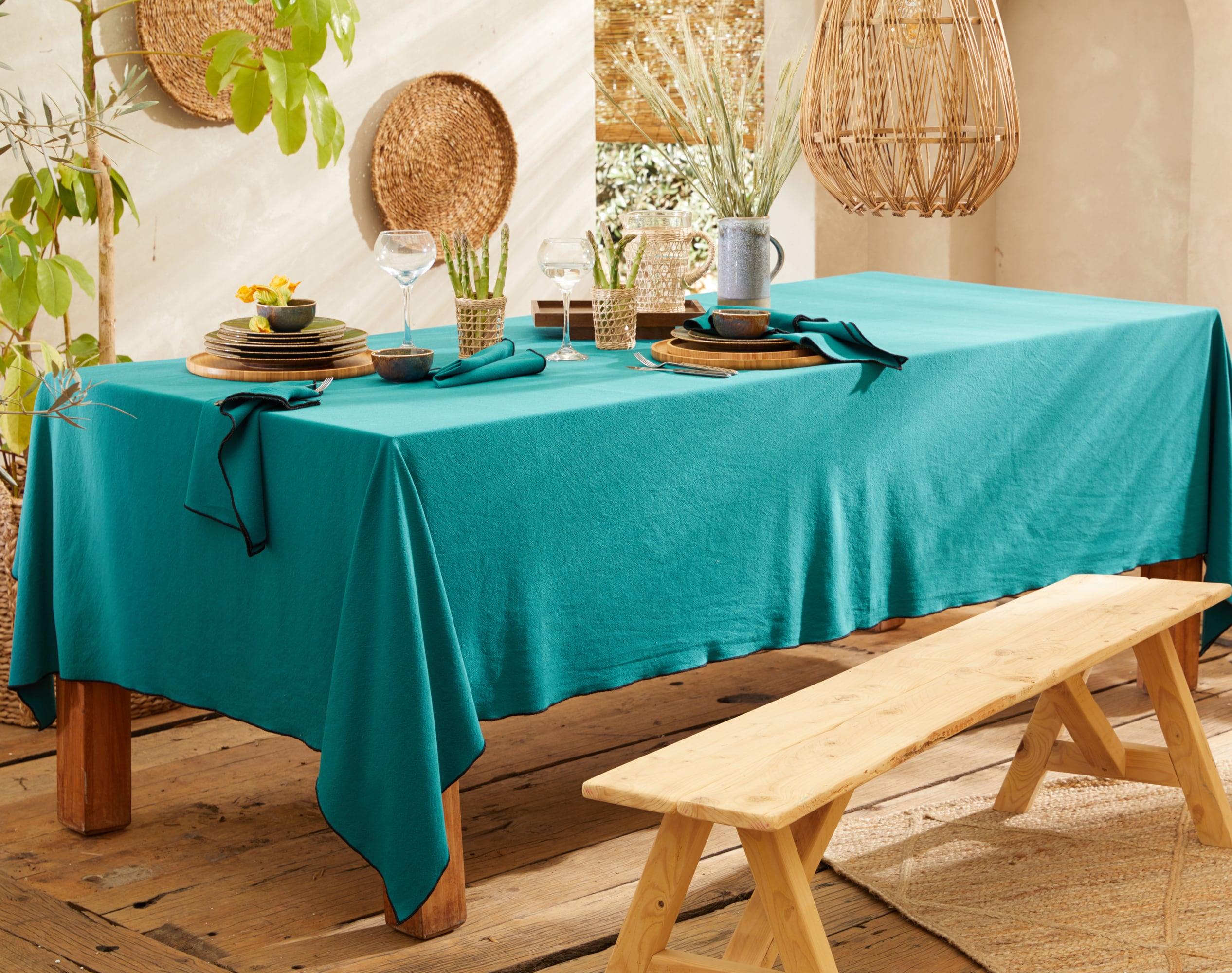 Nappe rectangulaire bleue en coton lavé 160x250