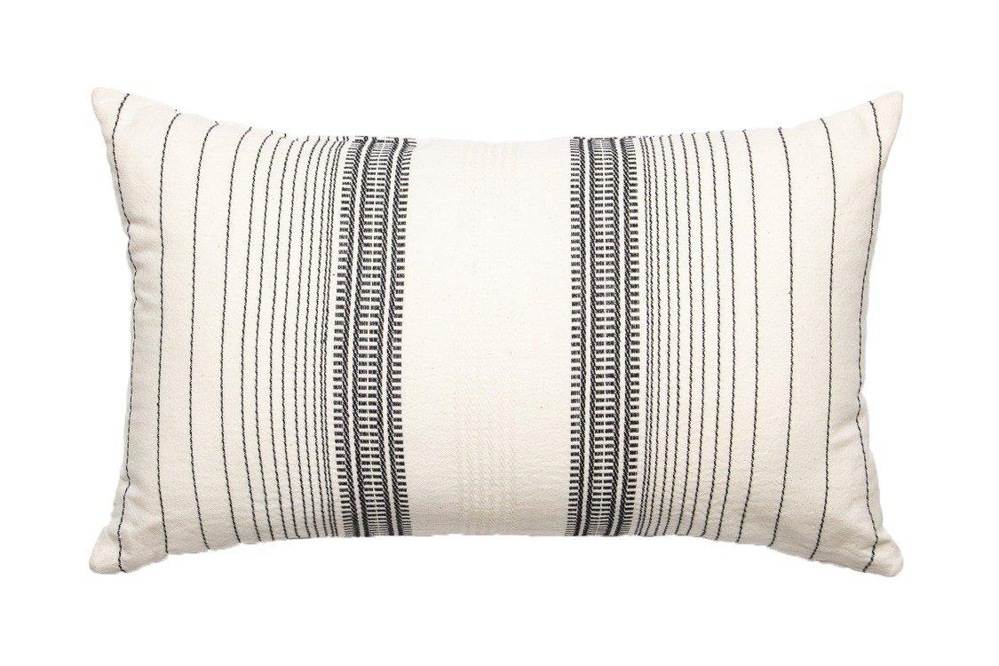 Coussin rayé en coton noir 30x50