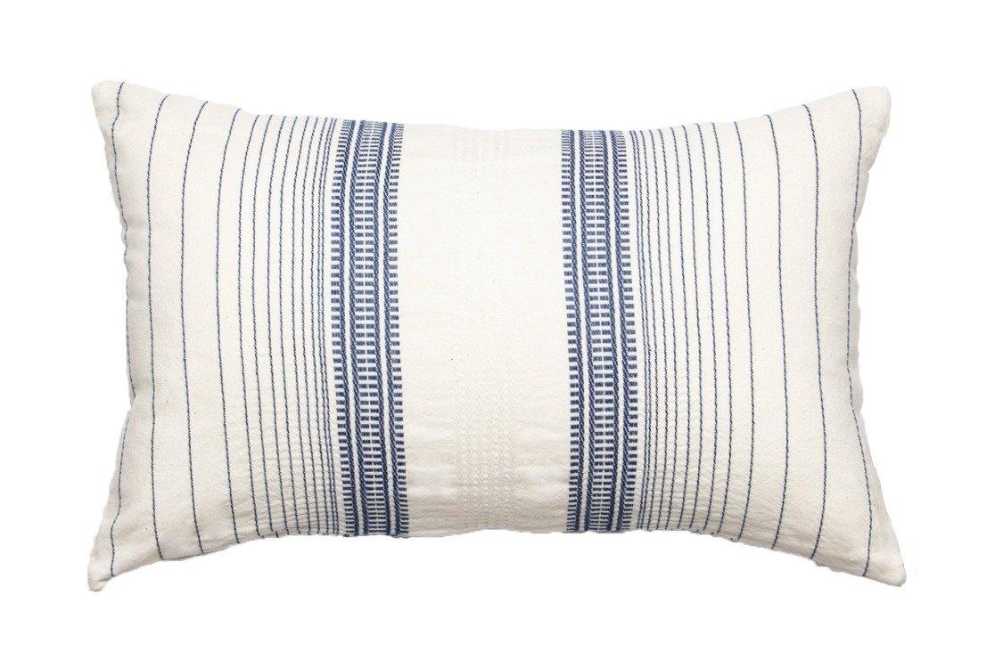 Coussin rayé en coton bleu indigo 30x50