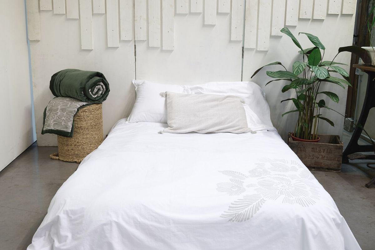 Housse de couette blanche 220x240 cm