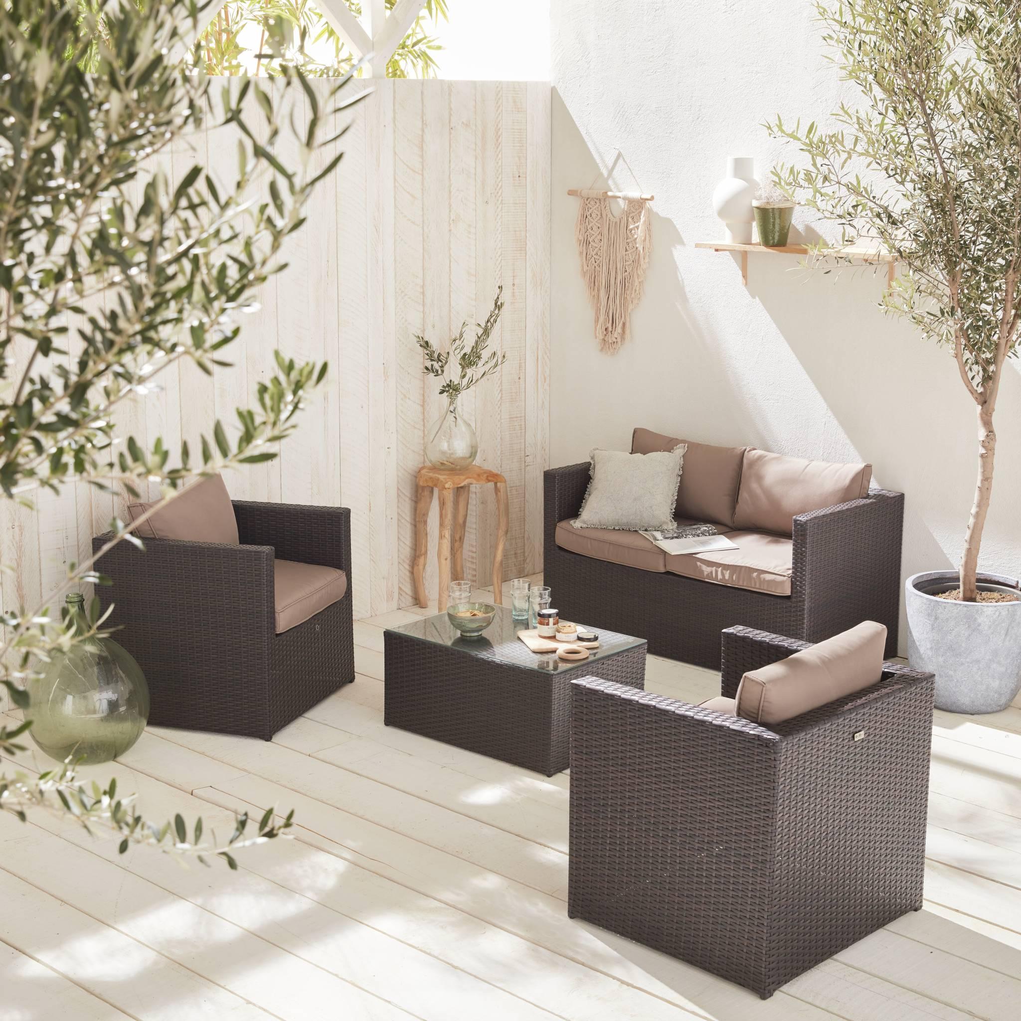 Salon de jardin 4 places en résine tressée chocolat coussins marron