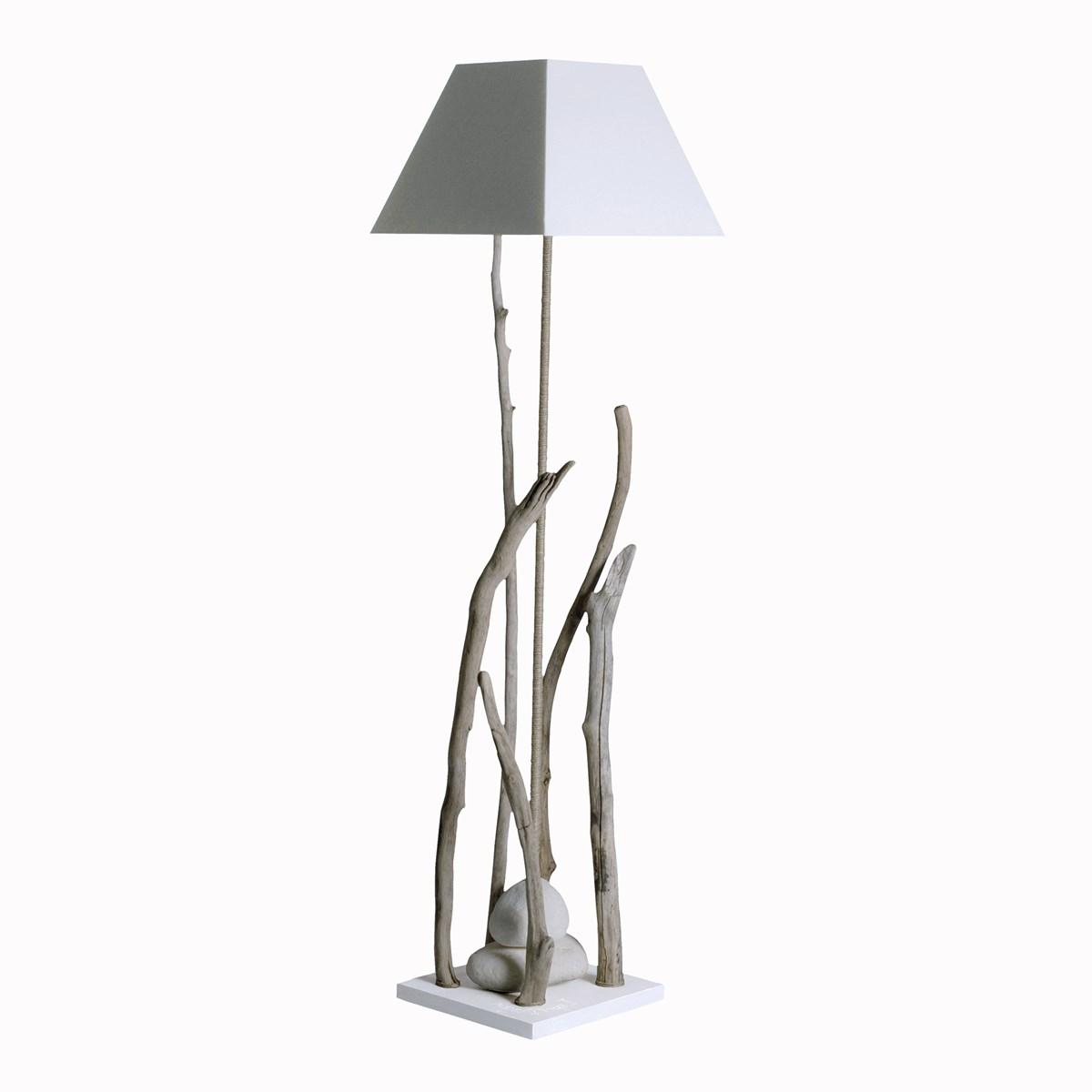 Lampadaire en bois blanc